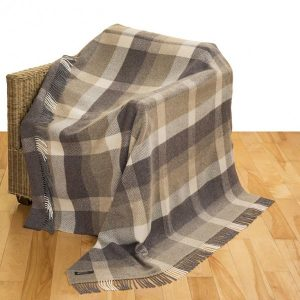 Dark Brown/Brown/Light Brown Check Merino Wool Throw 136x180