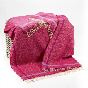 Cashmere Throw Raspberry Cream Purple Herringbone 136x180