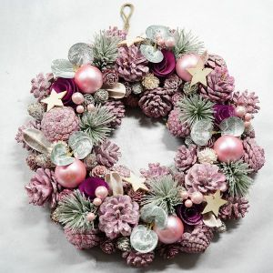 Wreath with cones, leaves, stars
