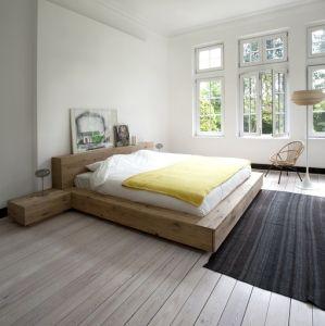 Oak Madra Bed - 2 sizes