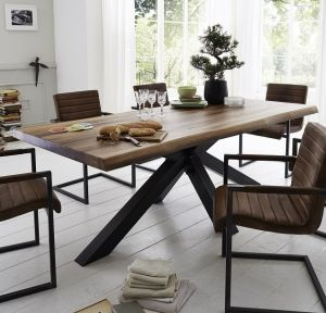 Chicago Rustic Oak Dining Table
