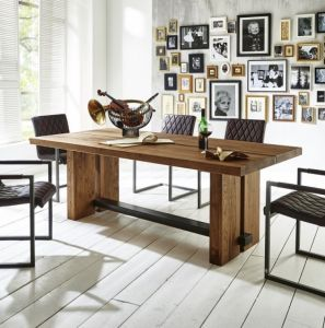 Dresden Rustic Oak dining table