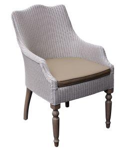 Leon Carver w Cushion