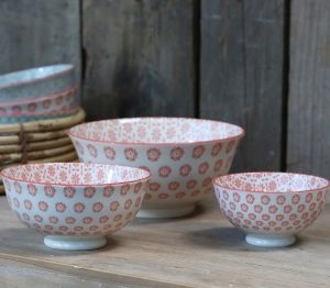 Old French Latte Bowl With Pattern S/3 Coral Rose