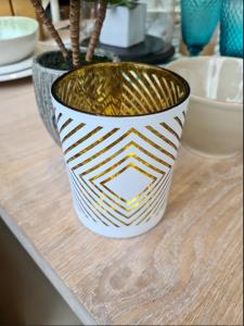 Tealight Holder Rhombus Glass white