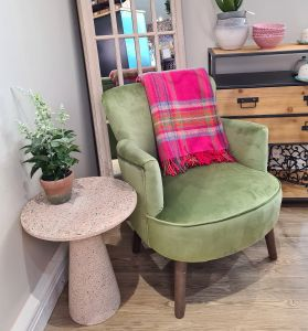 Violet Chair Green
